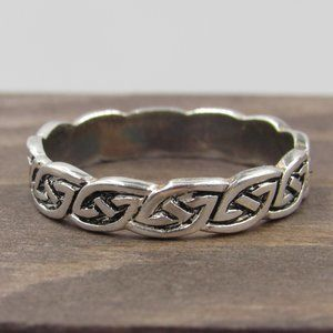 Size 6.25 Sterling Silver Celtic Pattern Band Ring